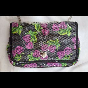 BETSEY JOHNSON Green Pink Black Roses Sequin Chain
